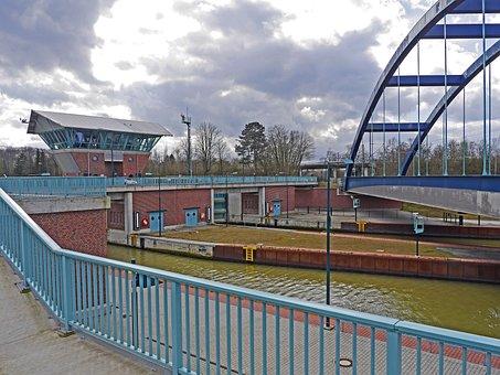 Lock, Münster, Dortmund Ems Channel, Bridge