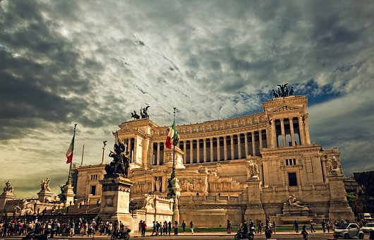 Vittorio Emanuele Monument, Rome, Rome Palace