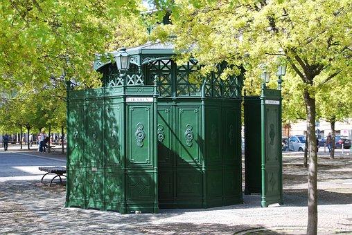 Berlin, Coffee Octagon, Toilet, Gendarmenmarkt