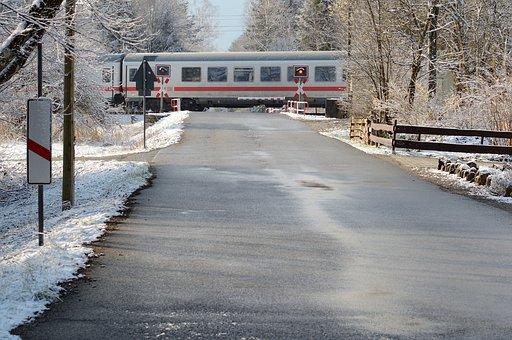 Train, Level Crossing, Andreaskreuz, Beacon, Note