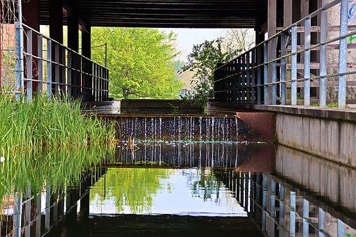 Fountain, Cascade, Plants, Railing, Water, Mirroring