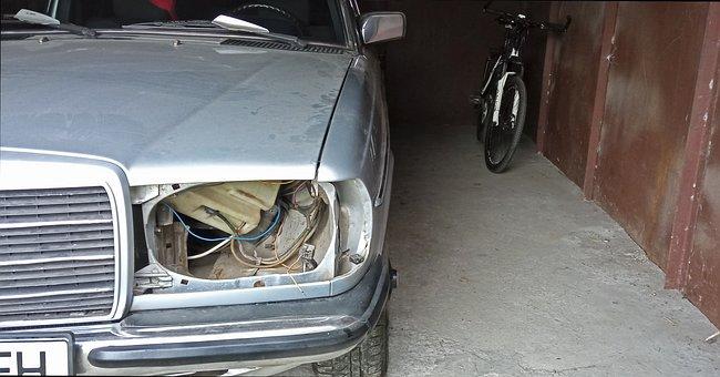 Mercedes W123, Car, Broken, Dust, Retro, Auto, Old
