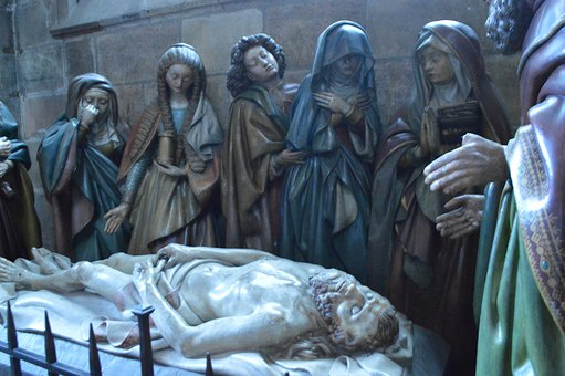 Statues, The Entombment, Death, Jesus, Mary, Jeans