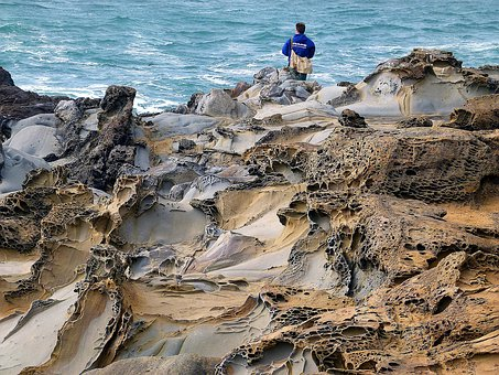 Cavernous Weathering, Rocks, Bean Hollow Beach, Erosion