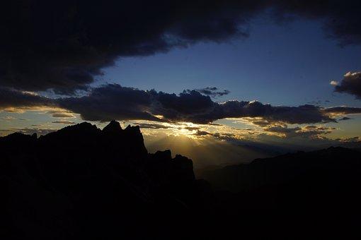 Dolomites, Alps, Mont, Mountains, Rock, Italy, Mountain