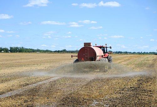 Hydrogen Sulfide Fertilizer Spray, Farmer, Ontario
