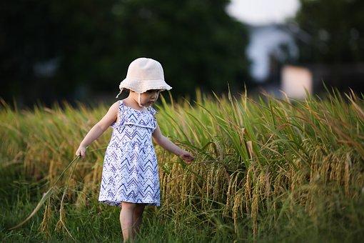 Kid, Girl, Dress, Hat, Outdoors, Field, Portrait