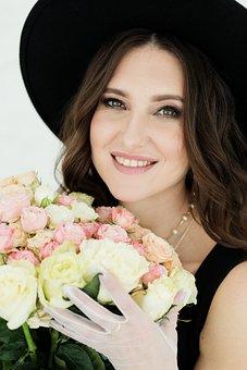 Woman, Fashion, Flowers, Bouquet, Hat, Jewelry, Beauty