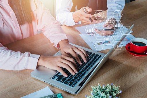 Online Marketing, Motivator, Woman, Influencer