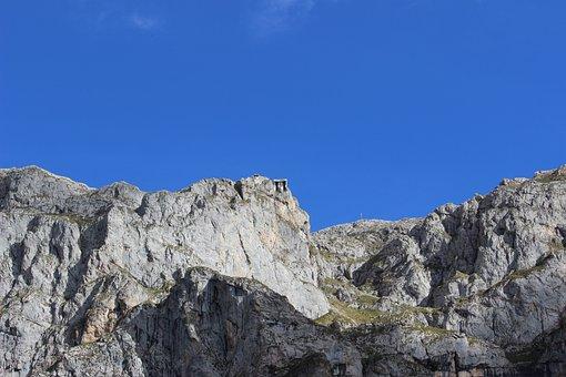 Picos De Europa, Cableway Source, Pots
