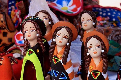 Women, Ceramic, Crafts, Traditional, Peru, Huancayo