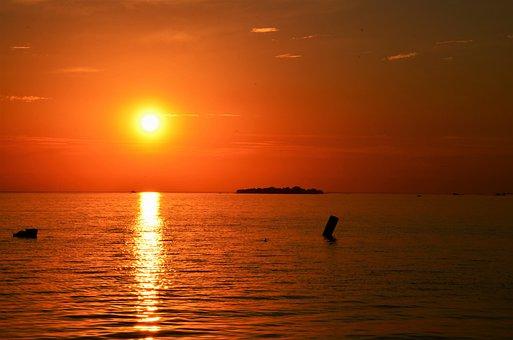 Sunset, Sun, Sea, Ocean, Horizon, Sky, Sunlight
