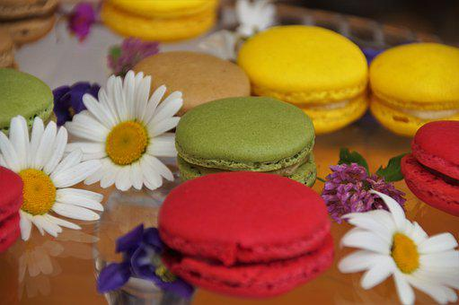 Macaroons, Sweets, Desserts, French Macarons, Pastry