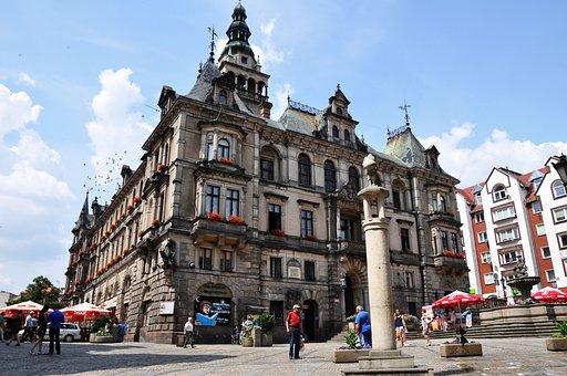Town Hall, City, Klodzko, Poland, Lower Silesia