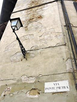 Verona, Wall, Lamppost, Cartel, Via, Stone Bridge