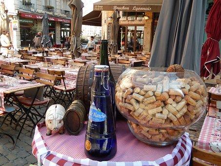 Lyon, France, French Cusine, Bouchon, Lyonnais Food