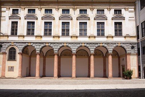 Residence, Renaissance, Courtyard, Historically, Palace
