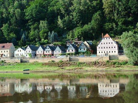 Seven Dwarfs, Terraced House, Elbe