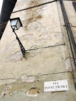 Verona, Wall, Lamppost, Cartel, Via, Stone Bridge
