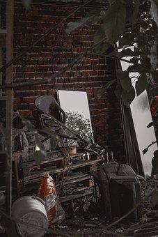 Mirror, Reflection, Dump, Room, Ruins, Abandoned