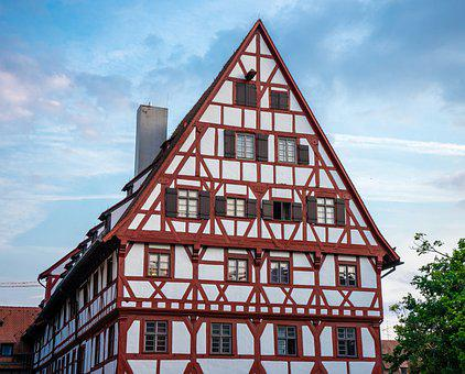 Timber Framed Building, Truss Structure, Construction
