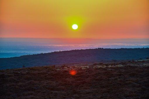 Sunset, Mountain, Field, Sun, Sunlight, Sky, Meadow