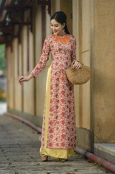 Woman, Dress, Fashion, Pose, Posing, Bag, Outdoor