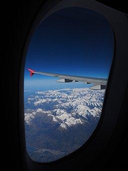 Aerial View, Luftbildaufnahme, Alpine, Aircraft Window