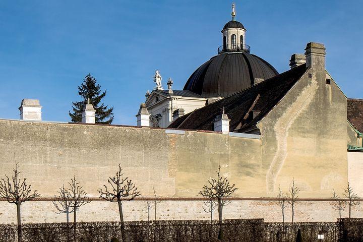 Vienna, Lower Belvedere, Wall, Church, Downtown