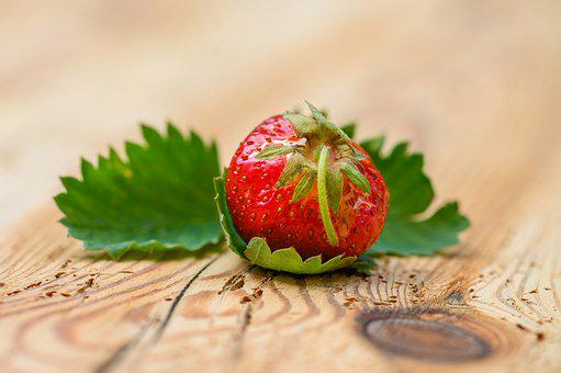 Strawberry, Berry, Fruit, Food, Organic, Leaves