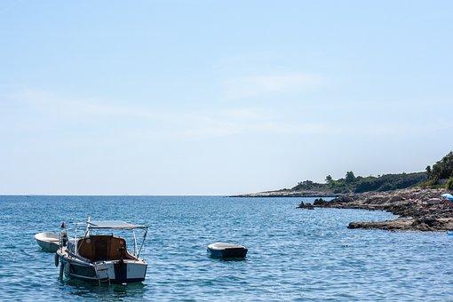 Sea, Boats, Coast, Ocean, Horizon, Sky, Water, Nature