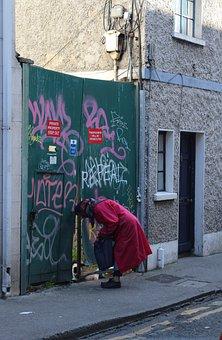 Dublin, Ireland, Old Woman, Cat, Building, Woman