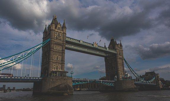 Tower Bridge, River, Water, Bridge, Landmark, Historic