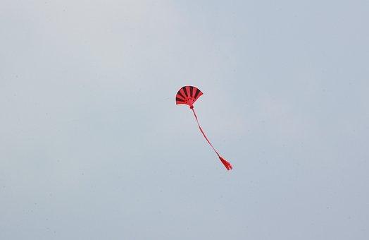Kite, Kiting, Kite Tail, Flying A Kite, Child's Toy