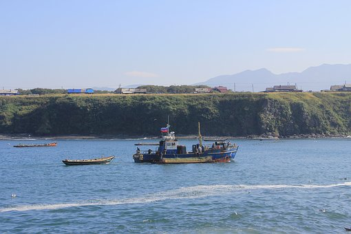 Etorofu, Kuriles, Olga Bay, Fishermen, Trade