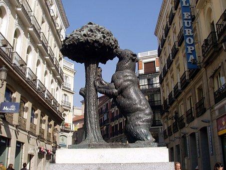 Madrid, Spain, Bear And Arbutus