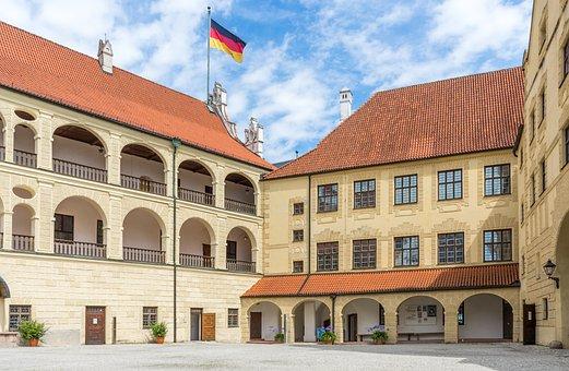 Trausnitz Castle, Castle, Courtyard, Arcade