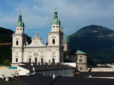 Salzburg Cathedral, Facade, Barockklassizirend