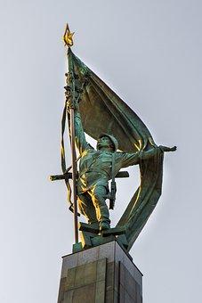 Slavín, War Memorial, Statue, Monument, Soldier, Army