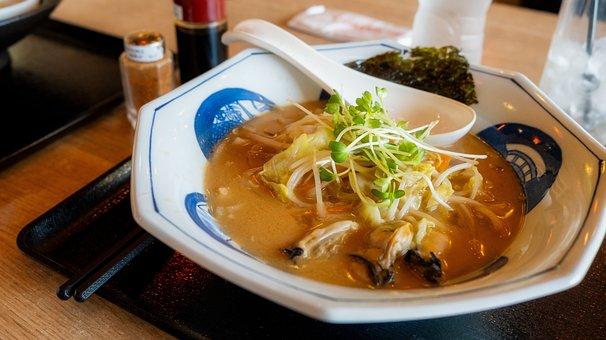 Seafood, Bread, Meal, Dish, Udon, Korea