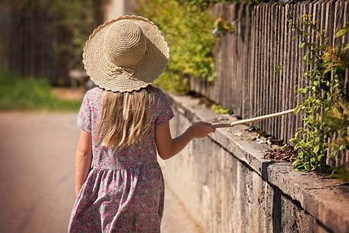 Person, Human, Child, Girl, Hat, Summer, Wall