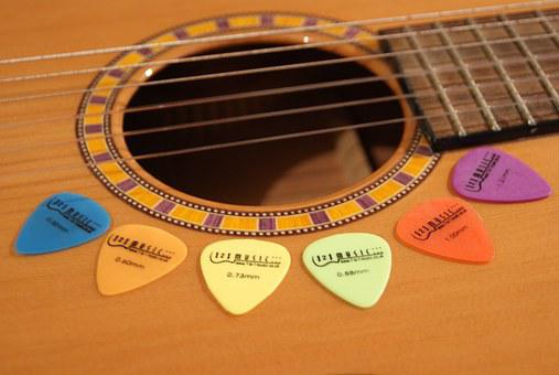 Guitar, Plectrums, String Instrument, Hole, Body, Pick