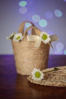 Souvenirs, Wedding Souvenirs, Daisies, Wicker Basket