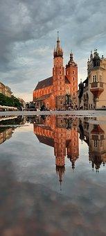 Krakow, Poland, Puddle, City, Water, Reflection