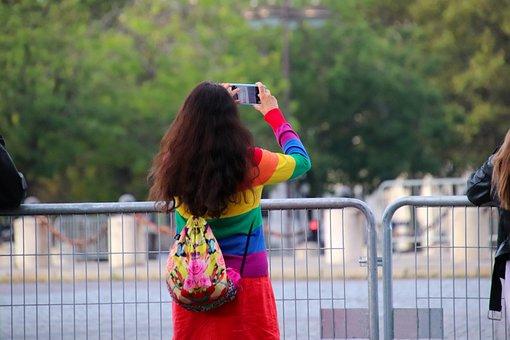 Triumphal Arch, Tourist, Taking Photos