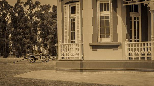 Old, White Medano, House