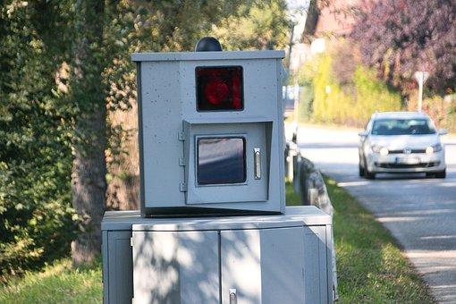 Speed Camera, Flash System, Traffic Offender