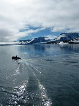 Spitsbergen, Arctic Zodiac, Cold, Winter, Water