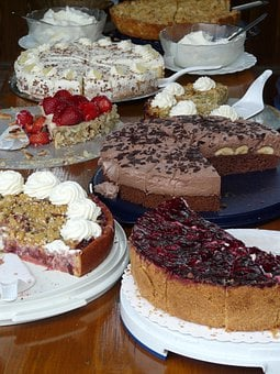 Cake Buffet, Cake, Buffet, Dessert, Pie, Banana Cake