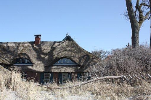 Ahrenshoop, Thatched Roof, Reed, Beach, Baltic Sea